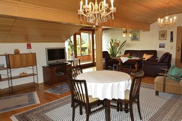 ferienwohnung manogg ausstattung. Black Bedroom Furniture Sets. Home Design Ideas